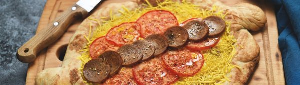 Vegetarische Sucuk Pizza