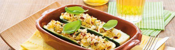 Zucchini Schiffchen mit Couscous